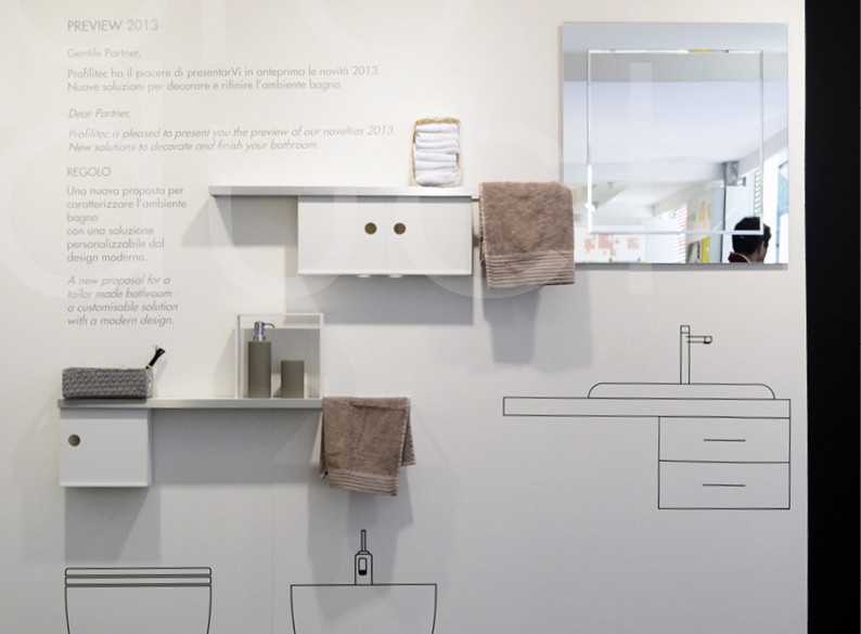 Bathroom accessories made in corian